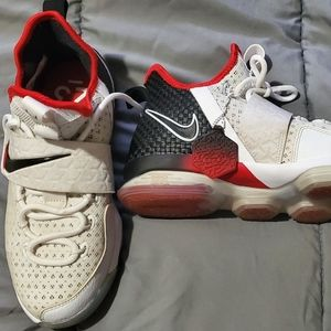 Kids Nike Lebron's